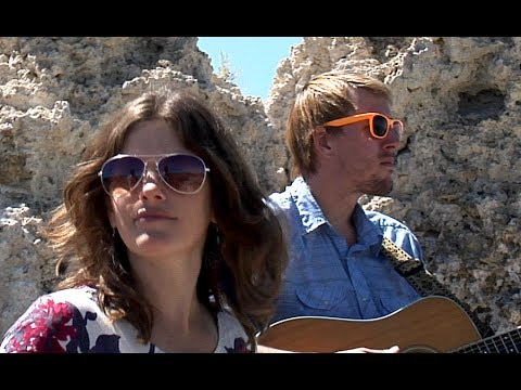 Dead Winter Carpenters - One Foot in the Gutter (Roadside Session at Mono Lake Tufa Reserve)