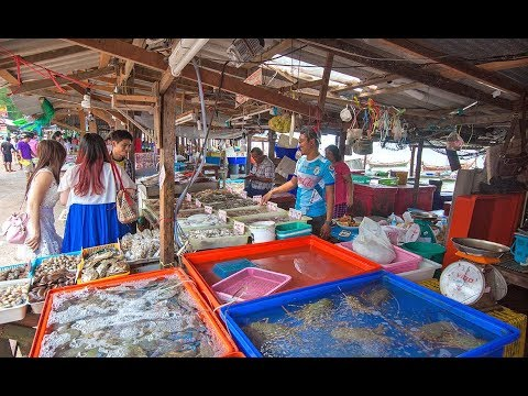 Madagascar Fish Market |  Fish for sale in a Madagascar mark