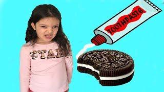 ABLAMA DİŞ MACUNU ŞAKASI YAPTIK - Toothpaste in OREO'S prank! Funny Kids Videos