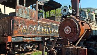 Steam locomotive scrapyard and museum, Havana