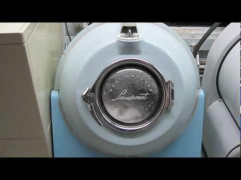 Coin Washing Machine >> Westinghouse Laundromat commercial washer - YouTube