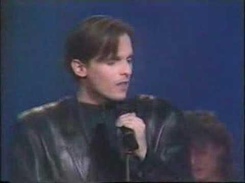 Miguel Bose - Como un lobo 80s TVE 1987