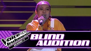 Akilah - Can't Remember To Forget You | Blind Auditions | The Voice Kids Indonesia Season 3 GTV 2018