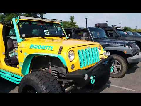 Great Smoky Mtn. Jeep Invasion 2017....Pigeon Forge,TN.  (Entering complex)