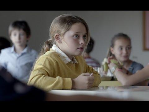 LA INVITACIÓN - trailer VOSI - cortometraje