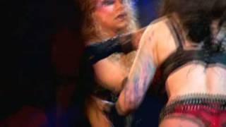 Motley Crue - Ten Seconds To Love  Live Resimi