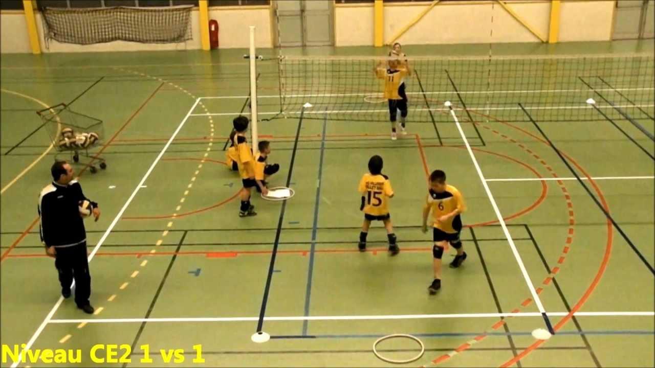 Séances entrainement Poussins Volleyball Villebon - YouTube
