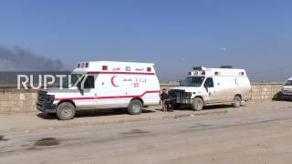Iraq  Medics rush to help wounded at Mosul stabilisation point