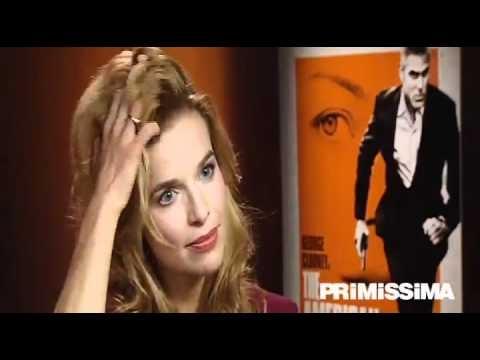 Intervista esclusiva a Thekla Reuten protagonista di The American  Primissima.it