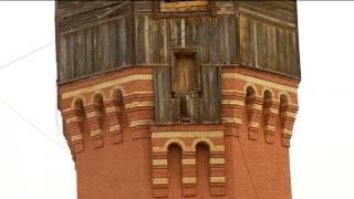 Квартира высотой 20 метров(Квартира высотой 20 метров. Томич Александр Лунев выкупил у мэрии водонапорную башню, в которой будет жить...., 2013-02-05T09:59:58.000Z)