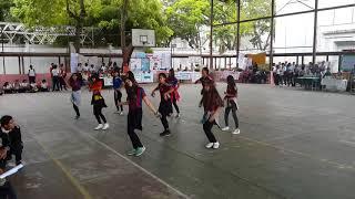 Mis estudiantes bailando 123 de sofia reyes Video