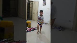 Roblox dance .. by Eru..