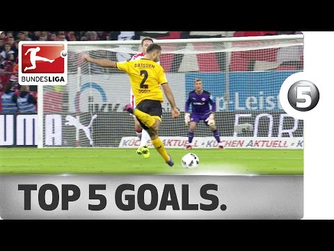 Overhead Kicks, Long-Range Efforts and Flying Starts - The Top 5 Goals on Matchday 12