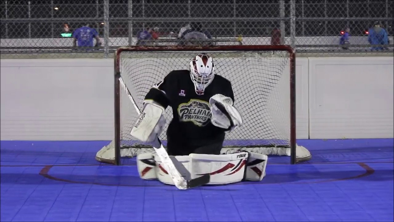Using Rollerfly Slide Plates For Ball Hockey Youtube