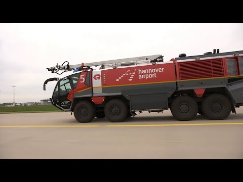 High Tech Mit 1000 Ps Panther Der Flughafenfeuerwehr Am Hannover