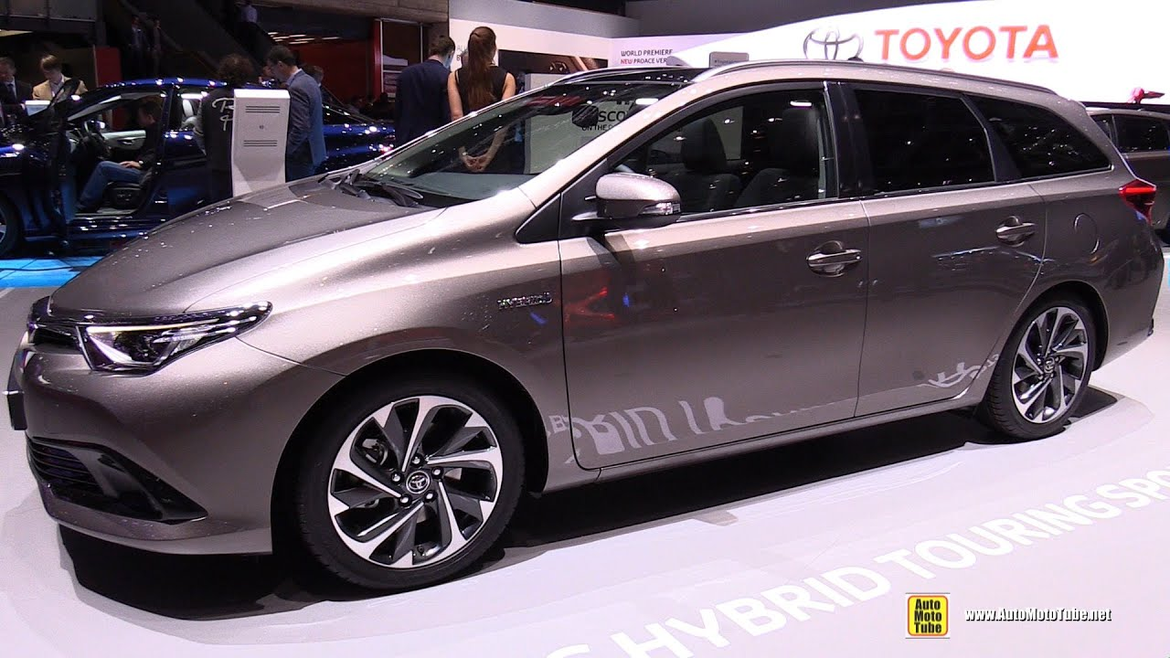 2016 toyota auris hybrid touring sports exterior and interior walkaround 2016 geneva motor. Black Bedroom Furniture Sets. Home Design Ideas