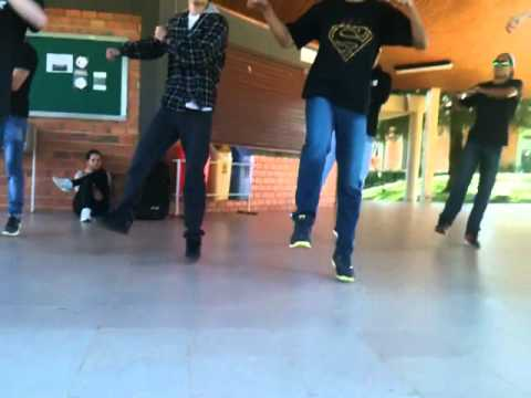 Soulja Boy Tell'em - Crank That (Coreografia)