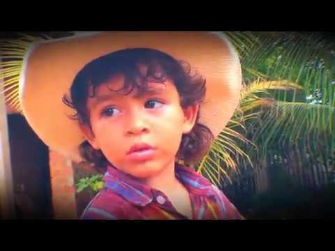 Conheça o menor e mais fofo locutor de rodeios do Brasil no Domingo Show