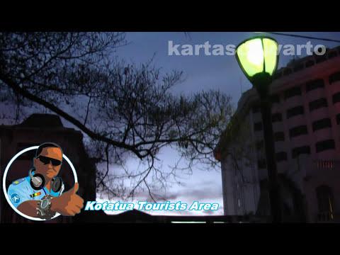 Kr. Desember Kelabu - Hetty Koes Endang | Kotatua, Jakarta 2010