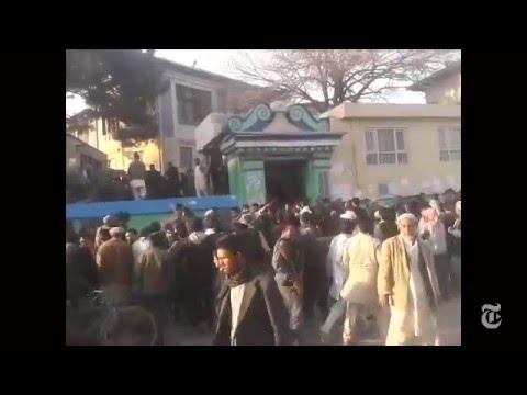 LIBERALS IGNORE SAD SHOCKING GRAPHIC VIDEO NON ISIS MUSLIM Mob Rips Apart Woman