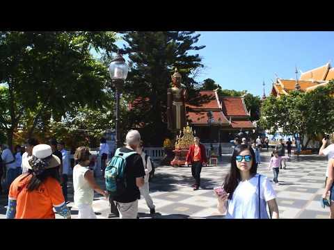 We visit Wat Phra That Doi Suthep near Chiang Mai in Thailand. Part 2