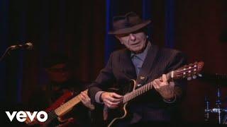 Смотреть клип Leonard Cohen - I Tried To Leave You