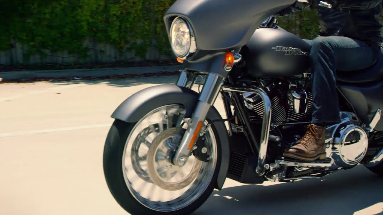 We ride: Harley's smooth new tourers   IOL Motoring