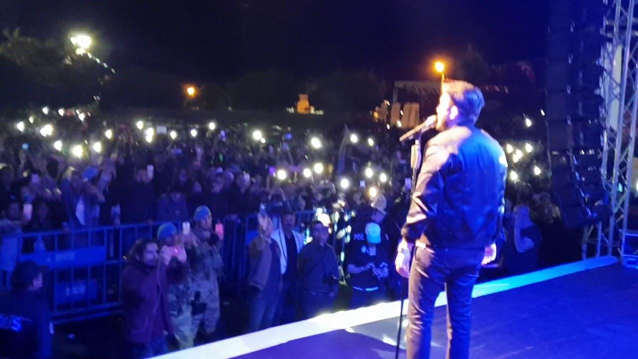 Van Erciş Konseri Canlı (Simsiyah) | Mustafa Ceceli