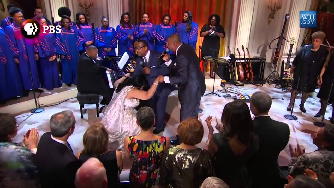 Aretha franklin performance at white house 2015 youtube for Performance house
