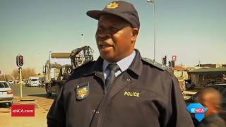 Video A grieving mother has called on Soweto taxi associations to end violence download MP3, 3GP, MP4, WEBM, AVI, FLV Juli 2018