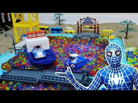 SpiderMan with Roboca Poli & How to Make Orbeez Harbor Town /Learn Colors Sand