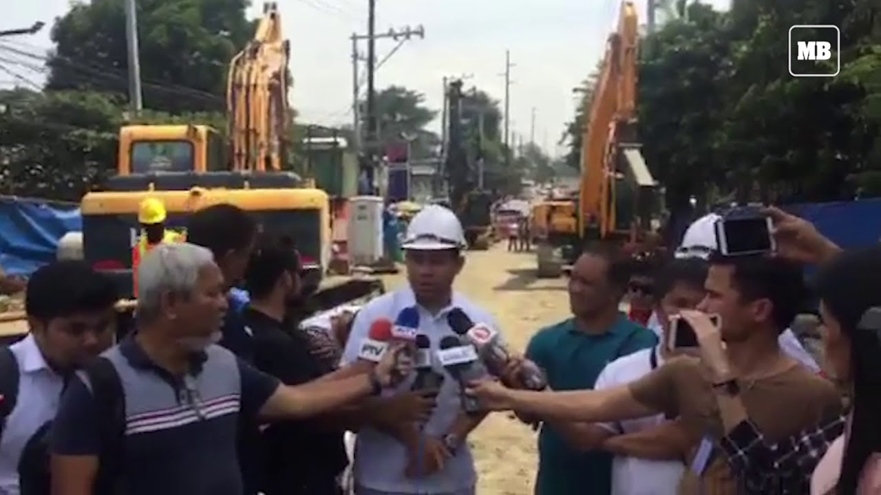 DPWH Sec Mark Villar inspects the on going construction of Otis bridge