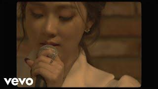 Смотреть клип Saay Ft. Woo - Winter