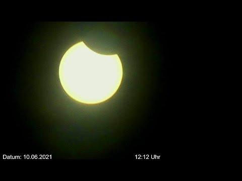 Sonnenfinsternis Livestream partitielle Sonnenfinsternis über Deutschland am 10.06.2021 nachmittag 🌩
