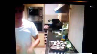 Liam Payne Dancing to Taken by One Direction - Live Twitcam