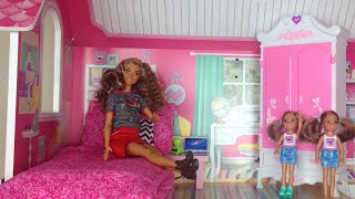 Barbie vlog - Barbie YouTube -New Barbie dream house tour - Brown Barbie