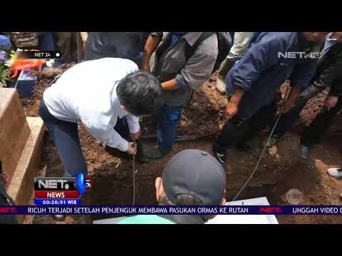 Teman teman dan Guru Korban Siswi SMK yang Dibunuh Gelar Doa Bersama di TKP NET24 Mp3