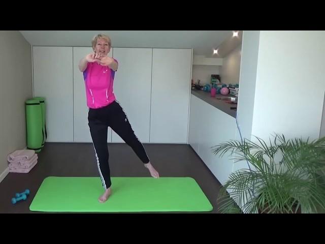 Fit worden gaat heel goed met yoga oefeningen
