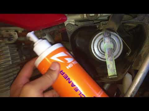How to Clean an Airbox on a Dirt Bike (New Rider Series EP:7)