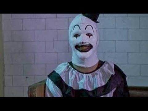 All Hallows' Eve - First Segment - Very Creepy Clown (Subtitulado)