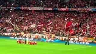 Halbfinale, wir kommen! Die Südkurve, 70.000 Fans und der FC Bayern München singen Humba Täterä