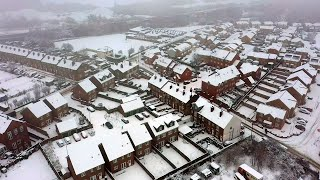UK weather: Heavy snowfall covers parts of northern England