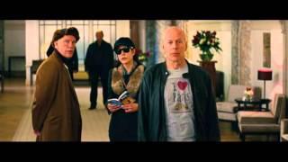 """Как ТЫ Френк!?!Эпизод фильма """"РЭД-2"""" Брюс Уиллис и Кетрин Зета Джонс."""