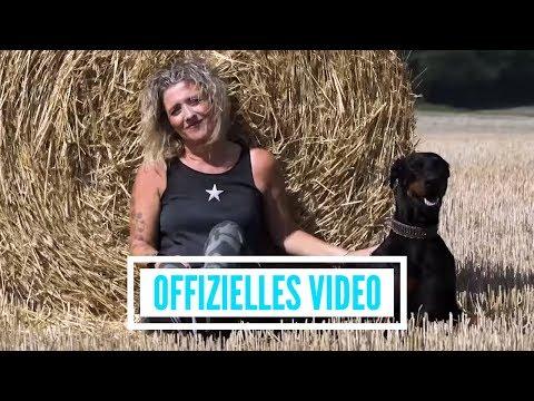 Daniela Alfinito - Küss mir die Sehnsucht aus dem Blick (offizielles Video) Mp3