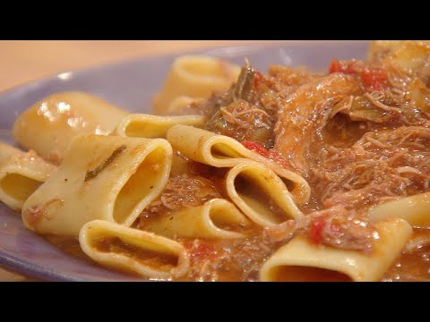 Thanksgiving Turkey Or Chicken Porcini Ragu | Rachael Ray Show