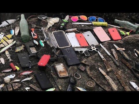 found-countless-iphones,-gopros,-guns,-knives-and-more-underwater-in-river!---best-finds-of-2017!