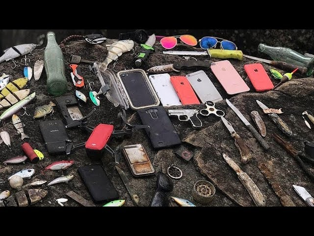 found-countless-iphones-gopros-guns-knives-and-more-underwater-in-river-best-finds-of-2017