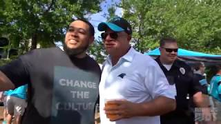 David Tepper Tailgates With The Roaring Riot
