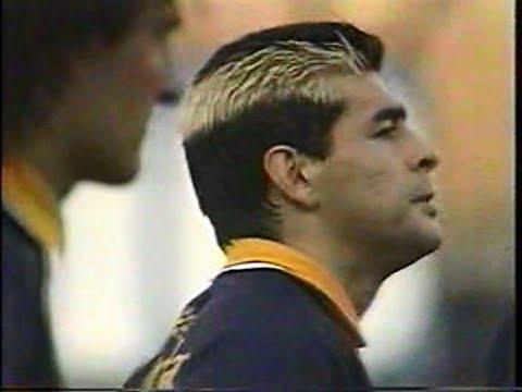 Maradona en un Boca - Racing de 1995