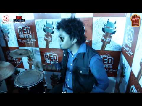 Bandstand Kolkata - DELETE performing at Red FM Studio